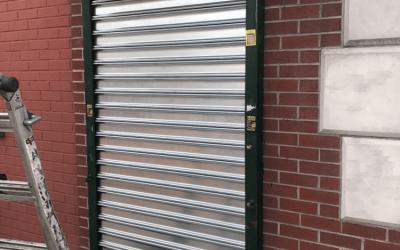 ROLLING GATES – SOLID GATES VS GRILLE GATES
